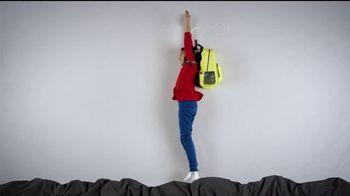 Mattress Firm Foster Kids TV Spot, 'Actividades' con Simone Biles [Spanish] - Thumbnail 3