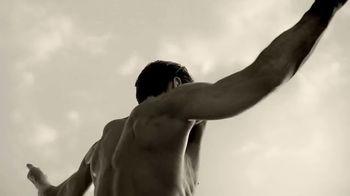 Giorgio Armani Acqua Di Giò Absolu TV Spot, 'Sensuality' - Thumbnail 8