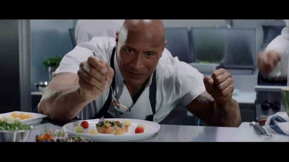 Apple iPhone 7 TV Commercial, 'The Rock x Siri: Kitchen' Featuring Dwayne Johnson