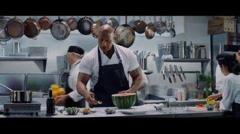 Apple iPhone 7 TV Spot, 'The Rock x Siri: Kitchen' Featuring Dwayne Johnson - Thumbnail 1