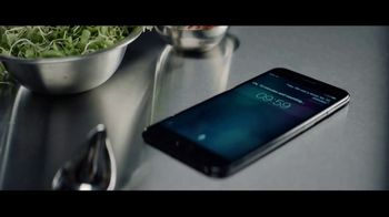 Apple iPhone 7 TV Spot, 'The Rock x Siri: Kitchen' Featuring Dwayne Johnson - Thumbnail 2