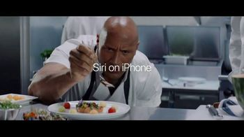 Apple iPhone 7 TV Spot, 'The Rock x Siri: Kitchen' Featuring Dwayne Johnson - Thumbnail 8
