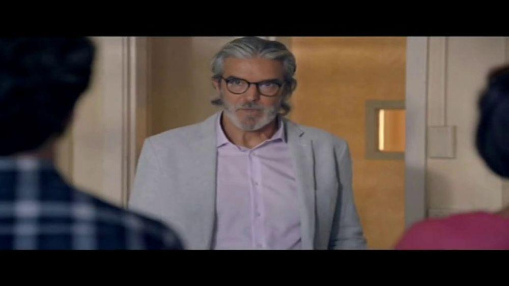 Toyota Liquidaci??n Nacional TV Commercial, 'Compradores compulsivos' [Spanish] [T2