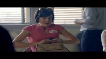 Toyota Liquidación Nacional TV Spot, 'Compradores compulsivos' [Spanish] [T2] - Thumbnail 2