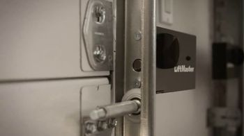 LiftMaster Automatic Garage Door Lock TV Spot, 'Ultimate Security' - Thumbnail 1