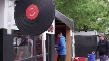 Twix TV Spot, 'Fuse: Lollapalooza' - Thumbnail 2