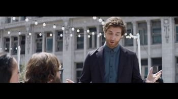 Verizon Unlimited TV Spot, 'Live Wedding: Pixel' Ft. Thomas Middleditch - Thumbnail 7