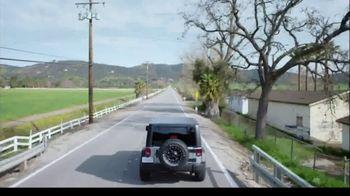 Firestone Complete Auto Care TV Spot, 'Lift' - Thumbnail 8