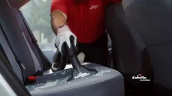 Safelite Auto Glass TV Spot, 'Furry Sidekicks' - Thumbnail 6