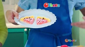 Orbeez Super Fine Crush Magic Chef Set TV Spot, 'Making Pizza' - Thumbnail 7