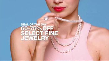Macy's One Day Sale TV Spot, 'Jewelry, Bras and Shoes' - Thumbnail 4