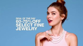 Macy's One Day Sale TV Spot, 'Jewelry, Bras and Shoes' - Thumbnail 5