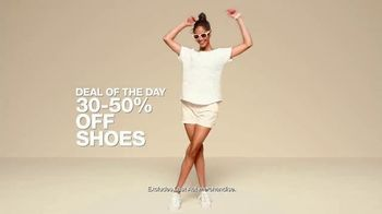 Macy's One Day Sale TV Spot, 'Jewelry, Bras and Shoes' - Thumbnail 8
