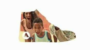 Payless Shoe Source Airwalk Legacee TV Spot, 'Juntos' [Spanish] - Thumbnail 2