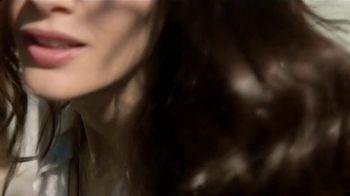 Garnier Whole Blends Legendary Olive TV Spot, 'Suavidad' [Spanish] - Thumbnail 2