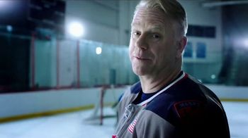 Johnsonville Sizzling Sausage Grill TV Spot, 'Easy' Feat. Boomer Esiason - Thumbnail 2