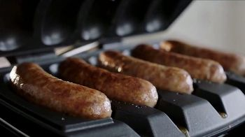Johnsonville Sizzling Sausage Grill TV Spot, 'Easy' Feat. Boomer Esiason - Thumbnail 8