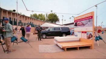 Mattress Firm Dream Bed Lux TV Spot, 'Dare to Compare' - Thumbnail 1