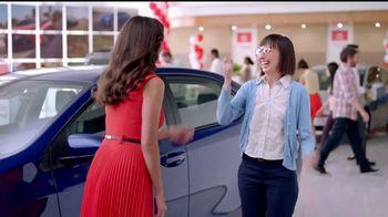 Toyota Liquidación Nacional TV Spot, '2017 RAV4' [Spanish] - Thumbnail 8