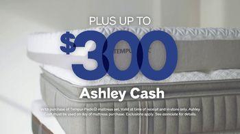 Ashley HomeStore Labor Day Event TV Spot, 'Big Savings on Mattress Sets' - Thumbnail 3