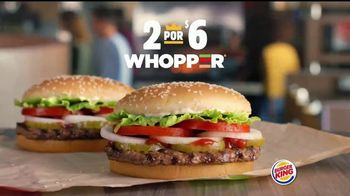 Burger King 2 for $6 Whopper Deal TV Spot, 'Es verdad' [Spanish] - Thumbnail 2