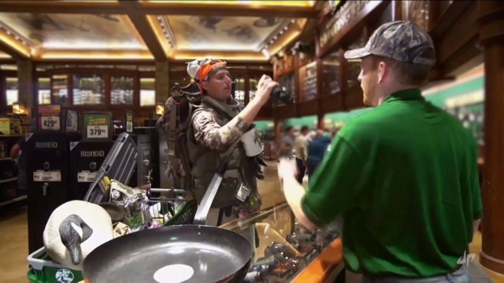 Bass Pro Shops Fall Hunting Classic TV Commercial, 'Bass Pro Shops Master Card'