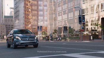 2018 Mercedes-Benz GLA TV Spot, 'Getaway' [T1] - Thumbnail 6