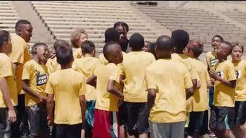 NFL TV Spot, 'Handoff Across America' Song by Mac Miller - Thumbnail 9