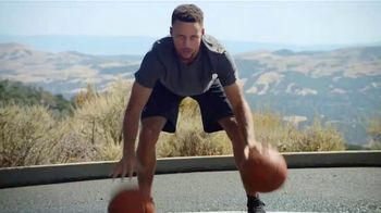 Infiniti Q50 TV Spot, 'Feeling of Performance' Featuring Stephen Curry [T1] - Thumbnail 4