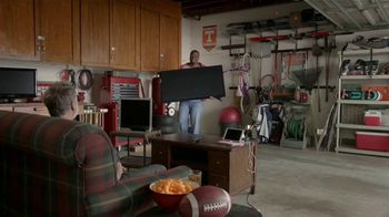 Dish Network Multi-View TV Spot, 'The Spokeslistener: Man Cave' - Thumbnail 1