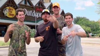 Bass Pro Shops Fall Hunting Classic TV Spot, 'ATVs and Boats' - Thumbnail 1