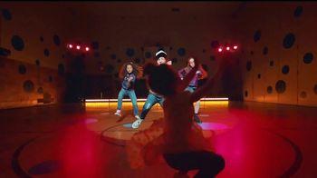 Macy's TV Spot, 'El mejor año' canción de Care Bears on Fire [Spanish] - Thumbnail 4