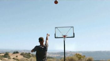 2018 Infiniti Q50 TV Spot, 'Feeling of Performance' Featuring Stephen Curry [T2] - Thumbnail 5