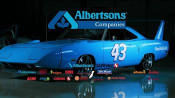 Albertsons Win the King's Car Sweepstakes TV Spot, 'Superbird Tribute' - Thumbnail 9