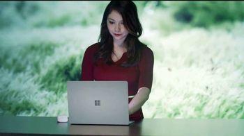 Microsoft Surface Laptop TV Spot, 'La emprendedora Xyla Foxlin' [Spanish] - Thumbnail 4