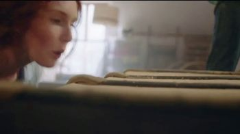 Flonase Allergy Relief Nasal Spray TV Spot, 'Attic' - Thumbnail 1