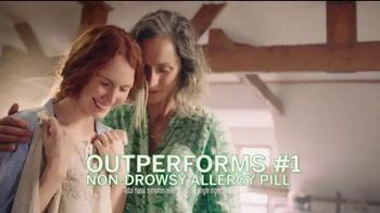 Flonase Allergy Relief Nasal Spray TV Spot, 'Attic' - Thumbnail 4