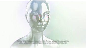 Flonase Allergy Relief Nasal Spray TV Spot, 'Attic' - Thumbnail 8