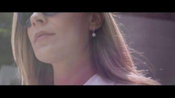 Ashlynn Avenue TV Spot, 'Catch the Light' - Thumbnail 3