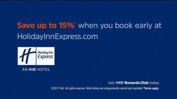Holiday Inn Express TV Spot, 'Breakfast Love' Featuring Rob Riggle - Thumbnail 9
