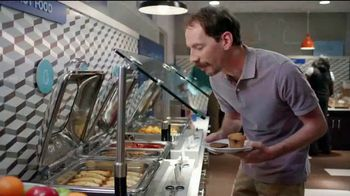 Holiday Inn Express TV Spot, 'Breakfast Love' Featuring Rob Riggle - Thumbnail 3