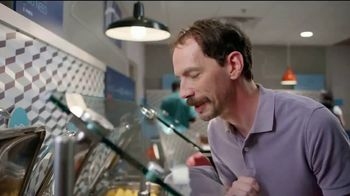 Holiday Inn Express TV Spot, 'Breakfast Love' Featuring Rob Riggle - Thumbnail 4