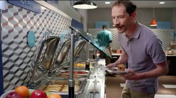 Holiday Inn Express TV Spot, 'Breakfast Love' Featuring Rob Riggle - Thumbnail 5