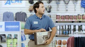 Dick's Sporting Goods TV Spot, 'Ropa deportiva' [Spanish] - Thumbnail 9