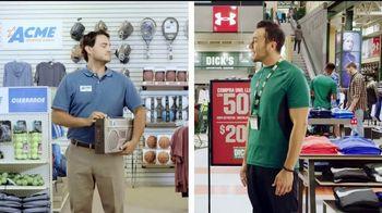 Dick's Sporting Goods TV Spot, 'Ropa deportiva' [Spanish] - Thumbnail 2
