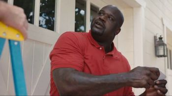 Ring Floodlight Cam TV Spot, 'Alarm' Featuring Shaquille O'Neal - Thumbnail 6