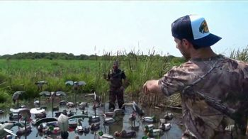 Bass Pro Shops Fall Hunting Classic TV Spot, 'Rangefinders' - Thumbnail 3