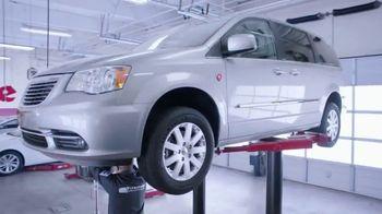 Firestone Complete Auto Care TV Spot, 'Lift: VISA Prepaid Card' - Thumbnail 2