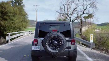 Firestone Complete Auto Care TV Spot, 'Lift: VISA Prepaid Card' - Thumbnail 6