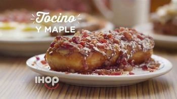 IHOP French Toasted Donuts TV Spot, 'Deténgase un momento' [Spanish] - Thumbnail 4